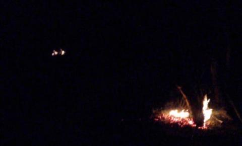 Fogo é controlado na propriedade de Durico filho de Lex em Serrolândia