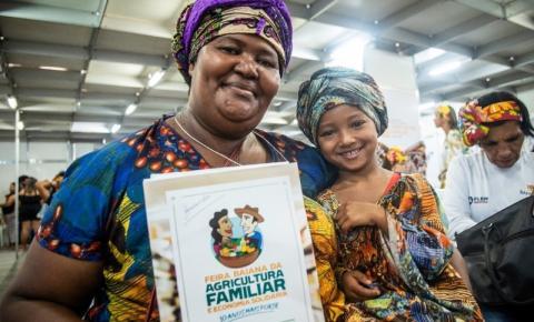 Encontro de Mulheres Rurais abre programação da 10ª Feira Baiana da Agricultura Familiar e Economia Solidária