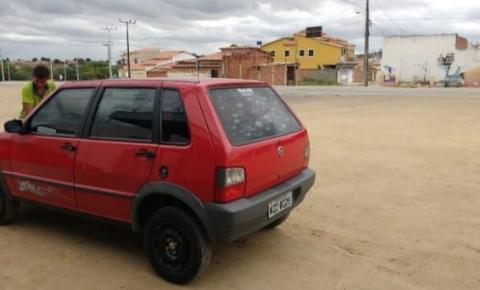 Carro com Placa de Várzea do Poço é furtado em Capim Grosso