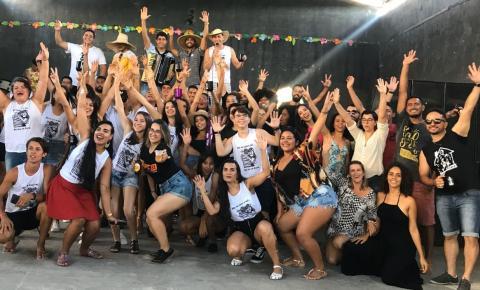 CONFRATERNIZAÇÃO REUNIU NESTE DOMINGO GRUPOS DE FORRÓ DA REGIÃO EM VÁRZEA DO POÇO.
