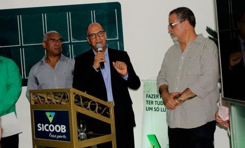 Chega a Jacobina a maior instituição financeira cooperativista do Brasil, o SICOOB.