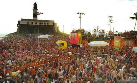 """Médico diz que coronavírus pode se espalhar em Salvador no Carnaval; """"impossível evitar aglomerações"""""""