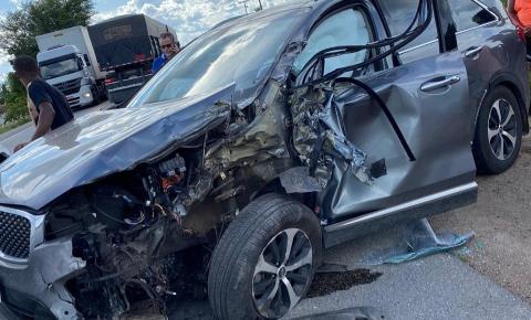 Prefeito de Jacobina sofre acidente na BR 324 no fim da tarde desta quinta-feira