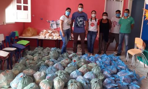 Prefeitura de Serrolândia realiza entrega de kits de alimentação escolar