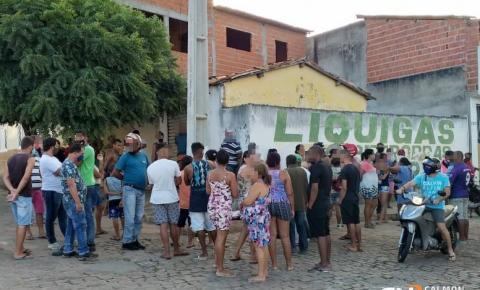 Jovem é assassinado a tiros no centro de Miguel Calmon na tarde desta sexta (12)