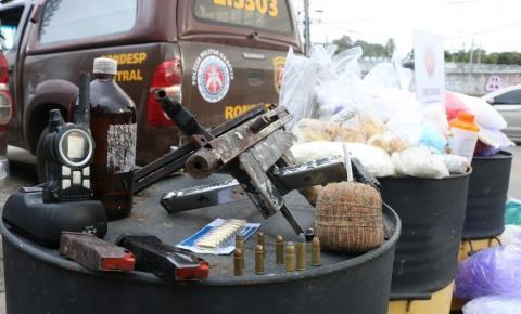 Dois homens são presos em flagrante em imóvel usado para armazenamento de drogas, em Salvador