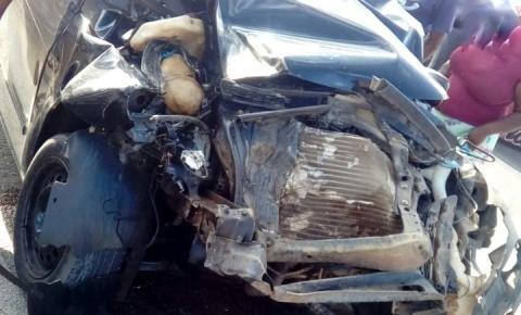 Acidente em Capim Grosso deixa duas pessoas gravemente feridas