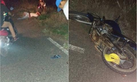Homem fica ferido após carro colidir em moto entre Catinga do Moura e Lages