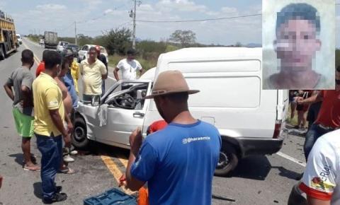 Colisão frontal na BR-324 deixa uma vítima fatal em Riachão do Jacuípe