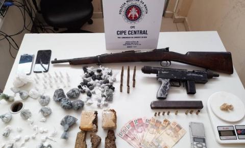 Jovem de 20 anos é preso com fuzil e submetralhadora no sudoeste da Bahia