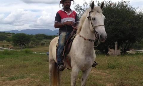 Vaqueiro de 45 anos é encontrado morto na comunidade do Pau Ferro em Jacobina