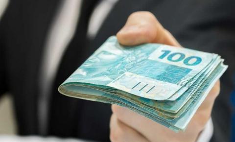 Homem perde dinheiro enquanto ia pagar contas e pede ajuda de quem encontrou