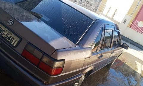 Servidor público tem carro furtado no Bairro do Leader em Jacobina