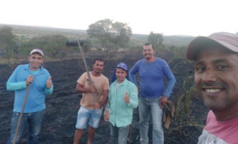 Equipe de Serrolândia combate incêndio na região de Jacobina