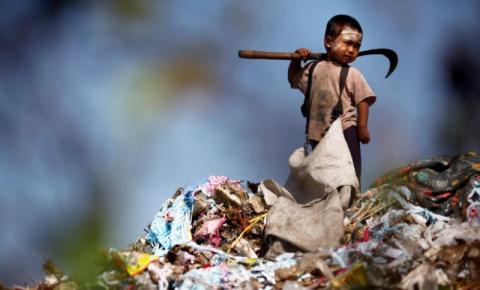 5 milhões de crianças vivem em condições análogas à escravidão