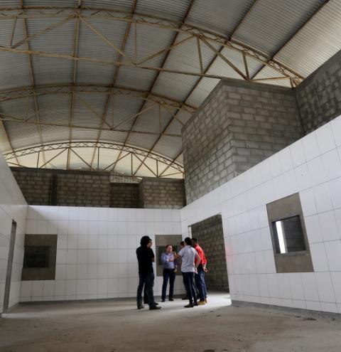 Abatedouro em Irará estrutura cadeia produtiva da avicultura na Bahia