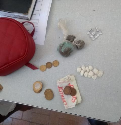 Mulher é presa e enquadrada por tráfico de drogas em Miguel Calmon