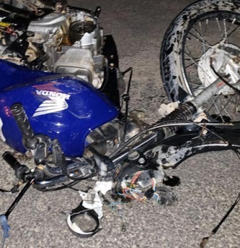 Homem morre em acidente entre moto e caminhão em Jacobina