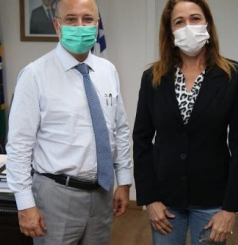 Kátia deixa Núcleo Regional de Saúde para se dedicar à disputa pela prefeitura de Jacobina