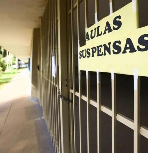 Decreto do governo da BA prorroga suspensão de aulas e eventos até 30 de agosto