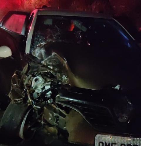 Colisão entre dois carros deixa feridos na BR 324, altura do acesso para Itaitu
