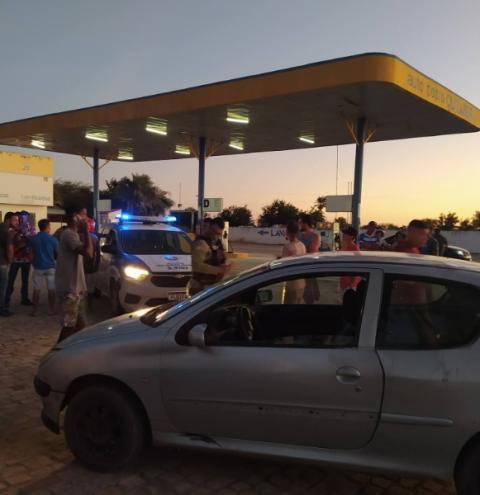 Motorista alcoolizado é detido após atropelar jovem no centro de Quixabeira